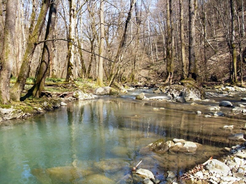 На реке Каверзе весной