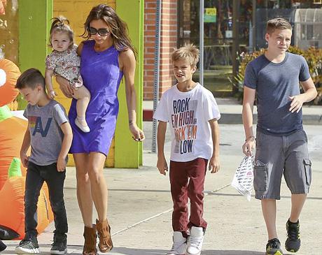 Виктория Бекхэм сказала, что ей достаточно четверых детей