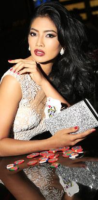 мисс-вселенная-с-макияжем-и-без-фото24.jpg