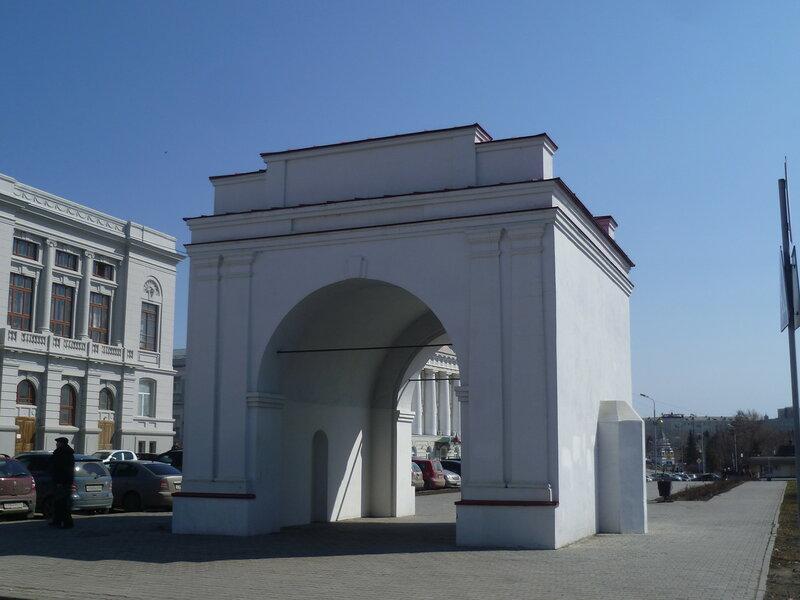 Омск, Омские ворота (Omskaya gates)