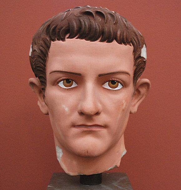 Реконструкция портрета Калигулы