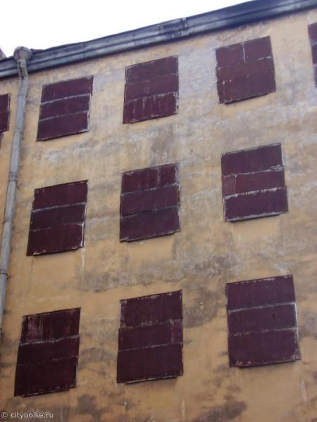 11-я Красноармейская, 7, заброшенный дом