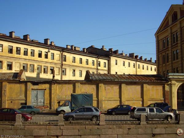 Заброшенный дом на Римского-Корсакова, 22