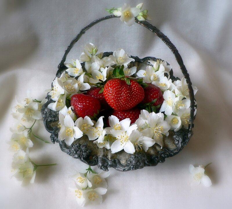 сведения открытка цветы для ксюши официальном интернет