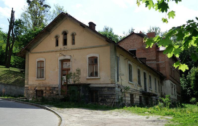 ул. Бр. Тимошенко, дом 4