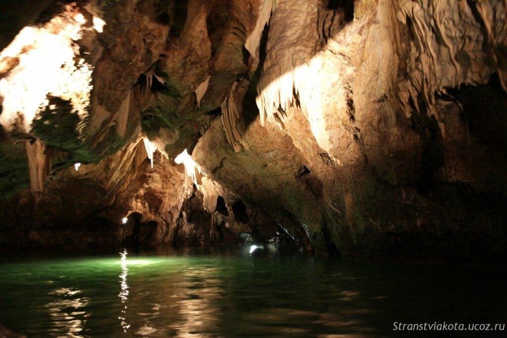Чехия, Моравский Крас, Пункевные пещеры