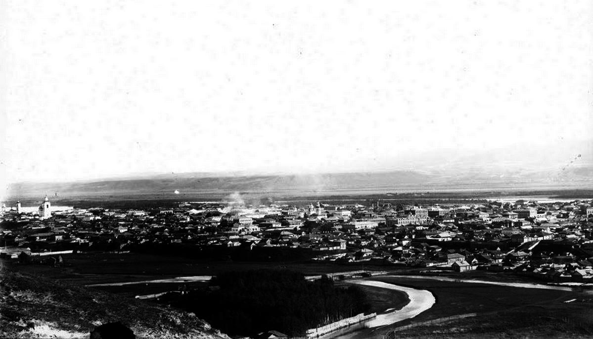 Вид от реки Кача