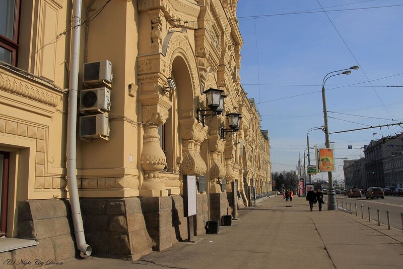http://img-fotki.yandex.ru/get/3804/night-city-dream.6/0_22117_c807f952_XL.jpg