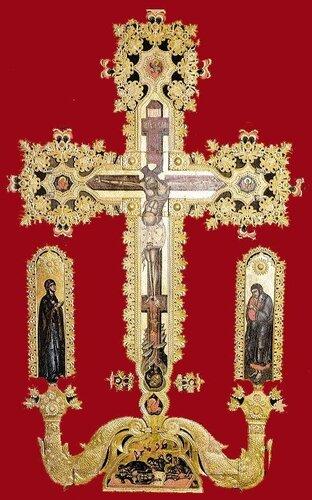 Крст на иконостасу, Манастир Високи Дечани 16. век.