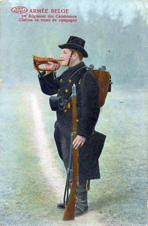 carabiniers-1rgt-clairon-photo.jpg