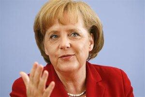 Канцлер Германии выступает за списание долгов Греции