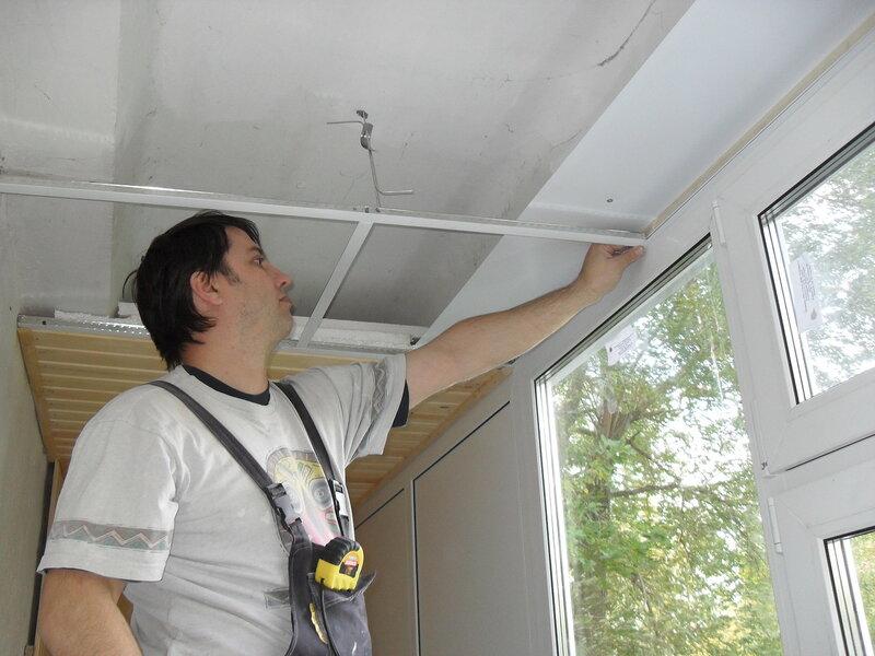 Потолок армстронг на лоджии. потолок москва.  Потолки. http://gips-montag.ucoz.ru.  Как сделать потолок на лодже.