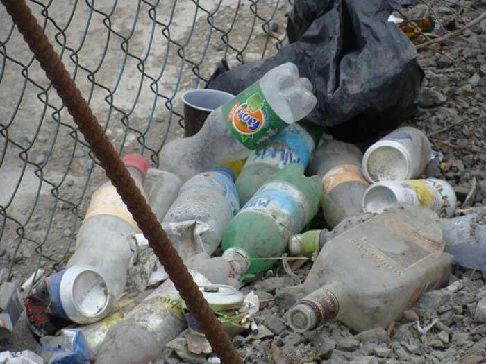 Пешеходы Владивостока погружаются в «мусорные ванны» (ФОТО)