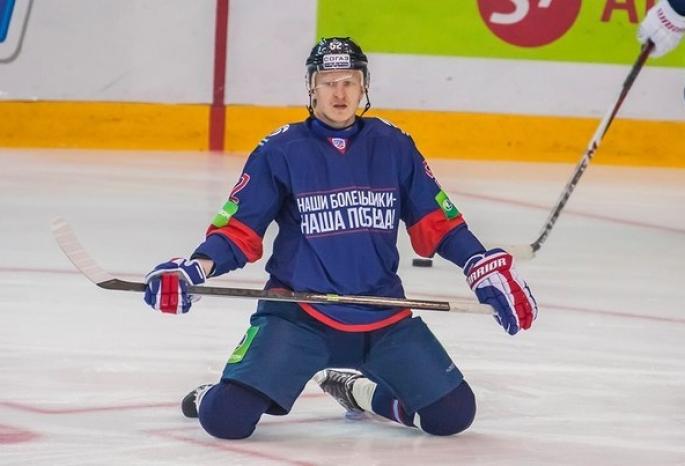 ХК «Авангард» обменял Гончарова в«Салават» наЛекомцева