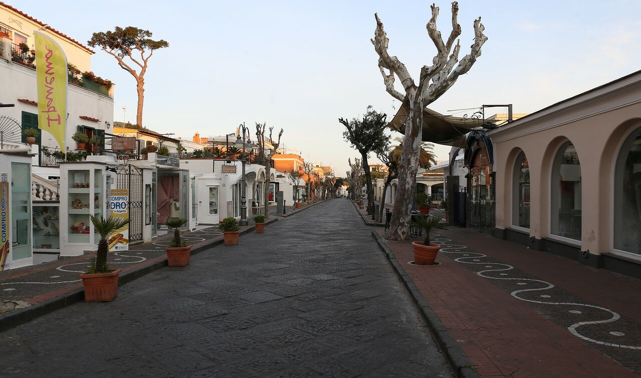 Ischia-Porto, Corso Vittoria Colonna