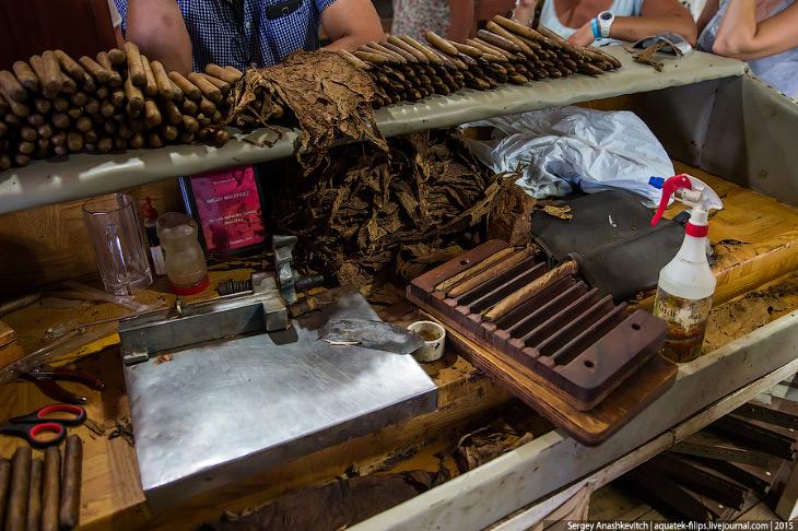2. Наверное, не стоит говорить, что сигары делаются из табачного листа. Сигара имеет составную струк