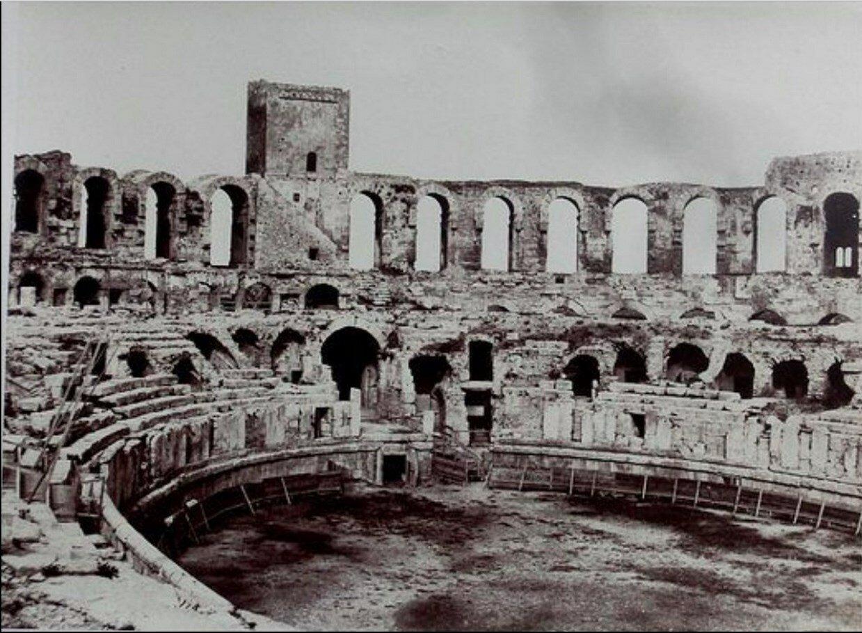 Арена амфитеатра