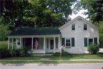У дома Анны Марли в Ричфилд-Спрингс (США) Сентябрь 2003