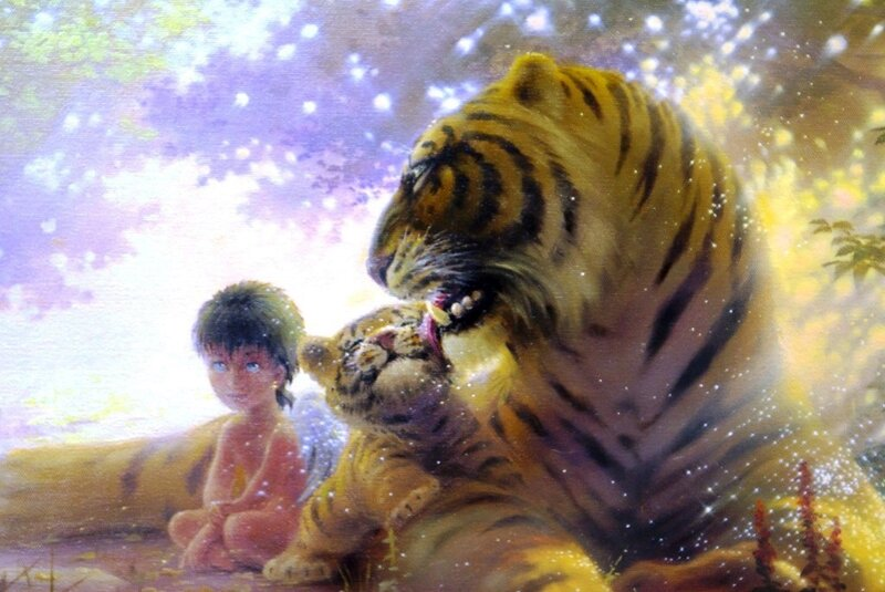 К людям Человек уходит,  Расскажи всем тварям в джунглях,  Навсегда от нас уходит Младший Брат!  Слушайте же и печальтесь, плачьте, о, народы джунглей:  Кто сумеет воротить его назад?  К людям Человек уходит! Плачет, покидая джунгли,  Брат уходит н