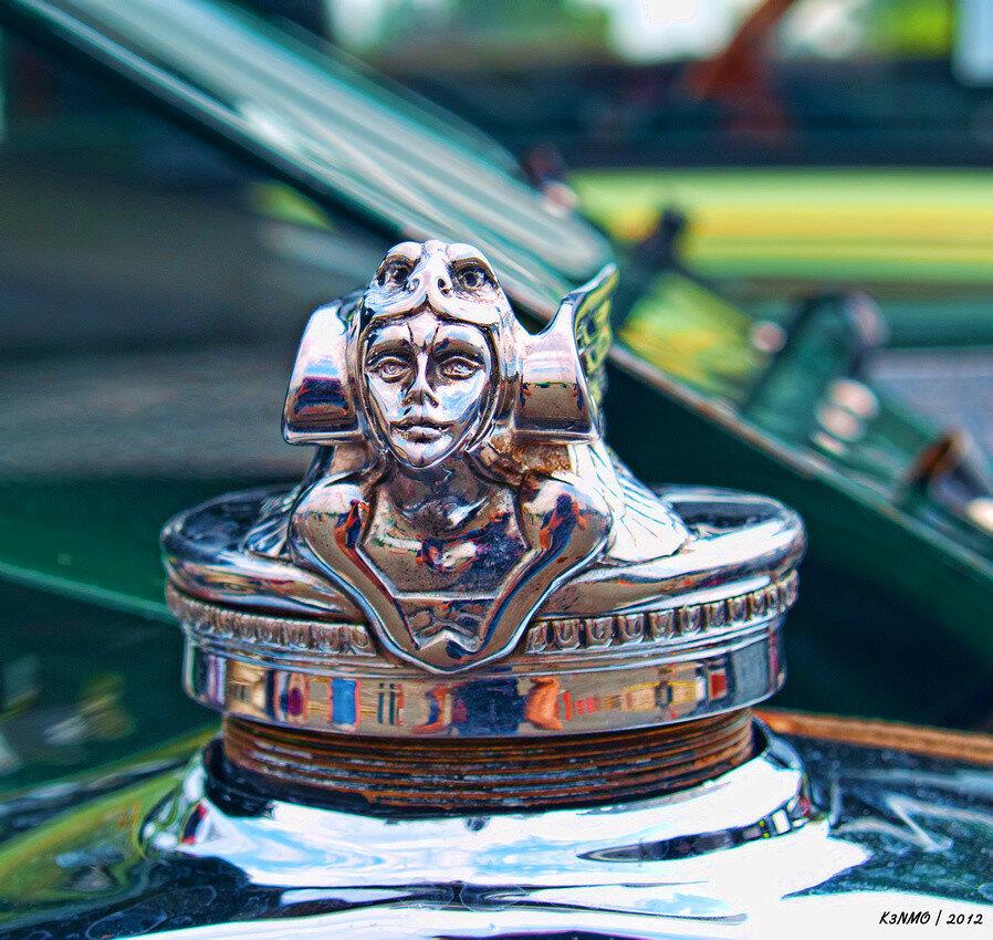 1929 Chevrolet Hood Ornament 2.jpg
