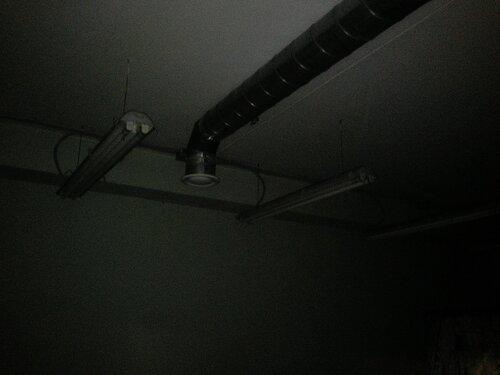 Вызов электрика аварийной службы в бизнес-центр: Невский район СПб, улица Ворошилова