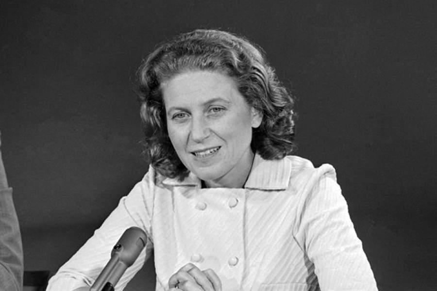 Светлана Аллилуева   Дочь Сталина в 1966 году бежала из СССР: 20 декабря 1966 г