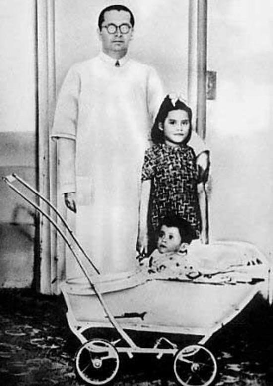 Во время кесарева сечения врачи обнаружили нечто невероятное: у Медины были полностью созревшие поло