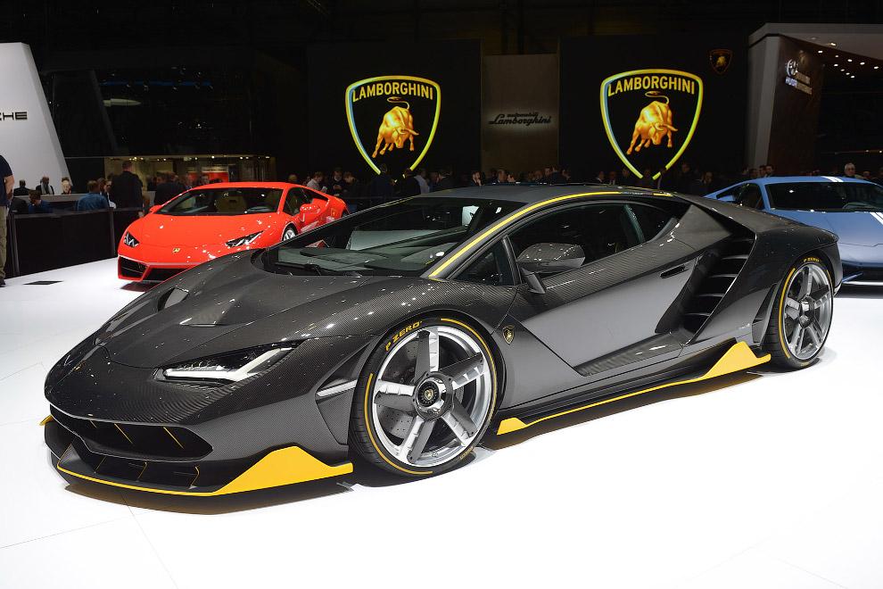 21. 770 л.с., свыше 350 км/ч. «Сотню» с места коллекционный Lamborghini берёт за 2,8 с, 200 км/