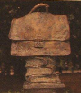 Портрет портфеля Жванецкого