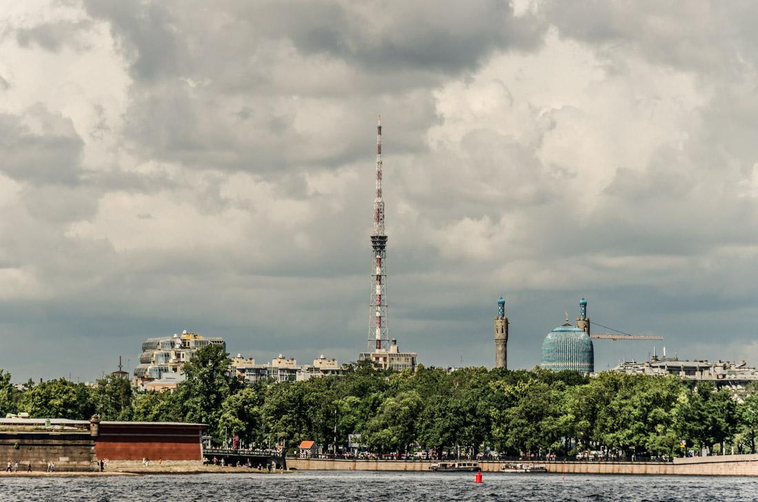 Телевизионная башня (Санкт-Петербург) — закрыта для постоянных посещений и считается недоступной для