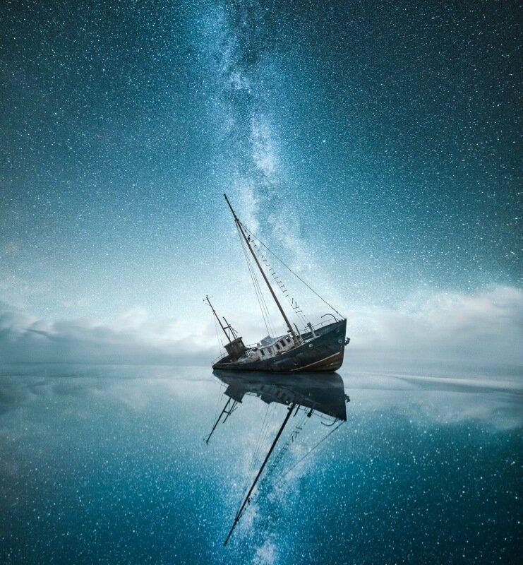 Сюрреалистичные фотографии ночного неба от Mikko Lagerstedt 0 230d49 3c04e1ad XL