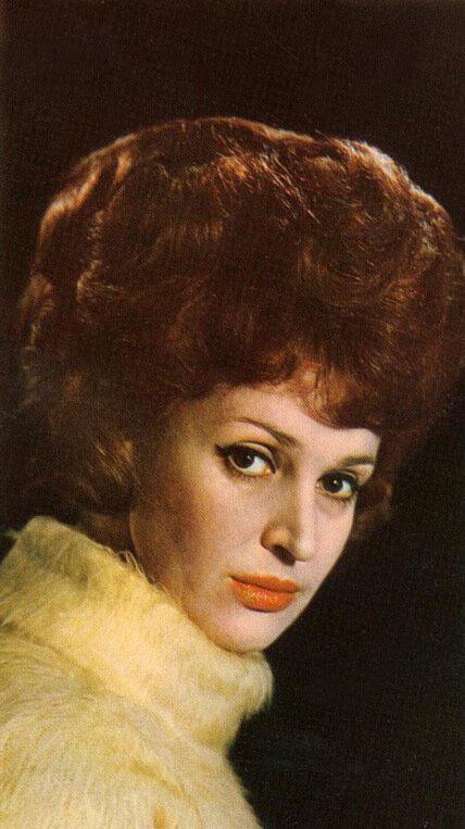 Ученица Григория Конского - актриса театра и кино, народная артистка Грузинской ССР Лия Элиава (выпуск 1955 г.)