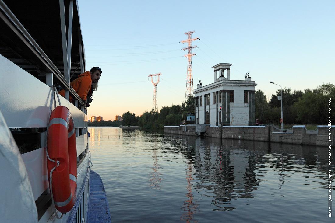 лето фото шлюз №7 канала имени Москвы