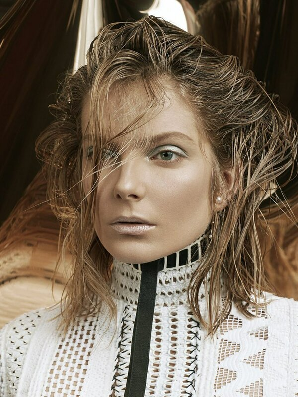 eniko-mihalik-by-david-dunan-for-vogue-china-may-2015-2.jpg