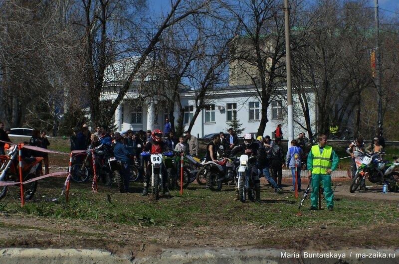 Эндуро, Саратов, Набережная Космонавтов, 26 апреля 2015 года
