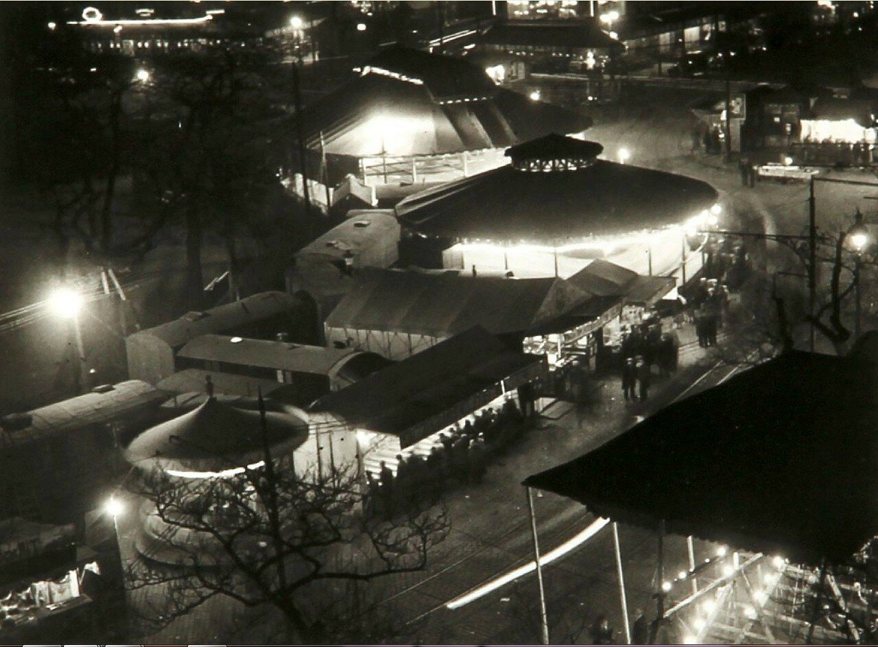 1931. Площадь Италии. Народные гуляния
