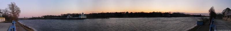 Панорама Мирожского монастыря на устье рек Мирожка и Великая