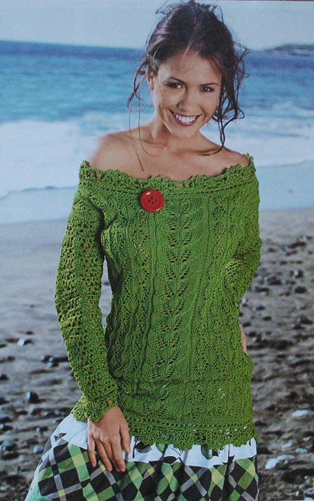 зеленый ажурный пуловер,