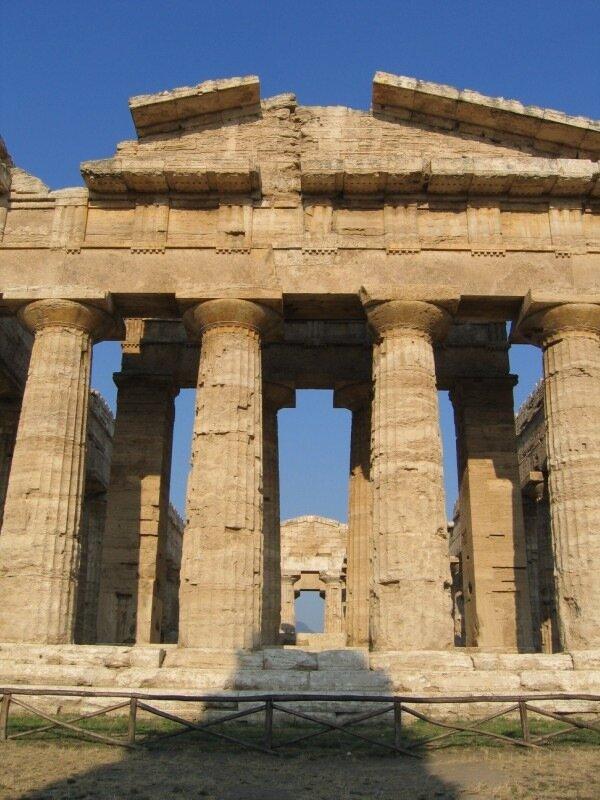 Храм Геры II