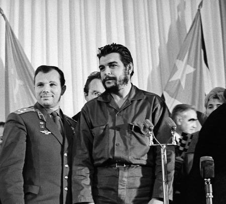 Юрий Гагарин и Че Гевара. 1964