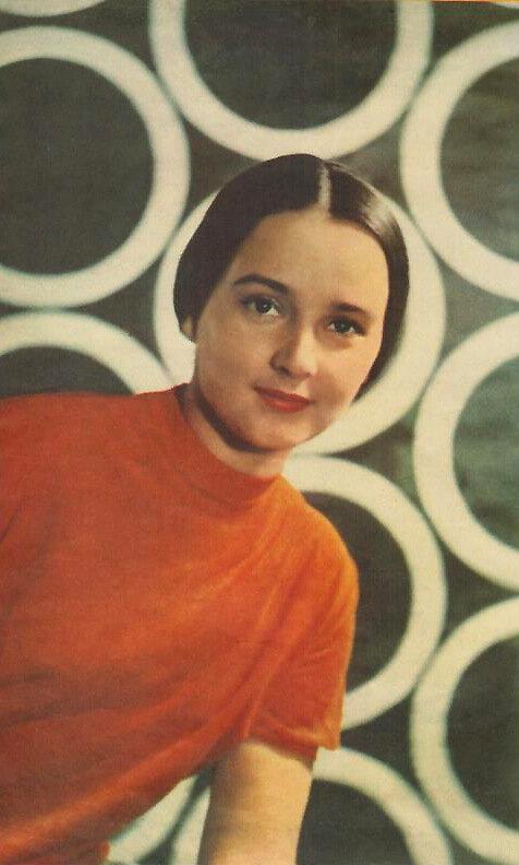 Ученица Григория Конского - актриса театра и кино Ольга Красина (выпуск 1964 г.)