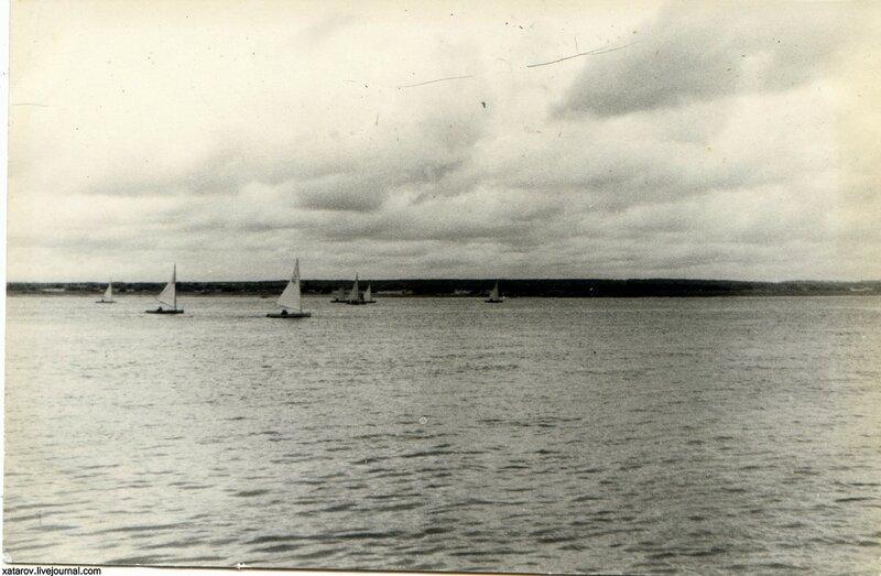 Яхты у Чкаловска.jpg
