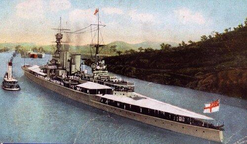 HMS Repulse. (Postal coloreada del Renown cruzando el Canal de Panama,1925)