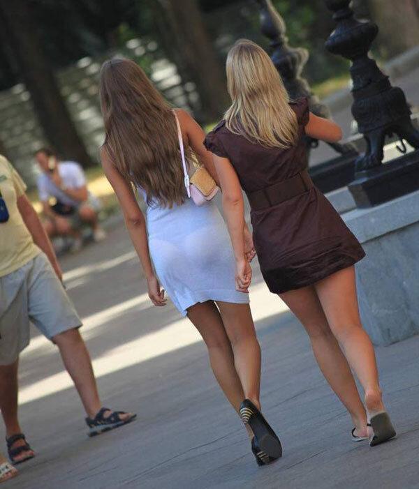 понял, что случайные снимки коротких платьев женское превосходство