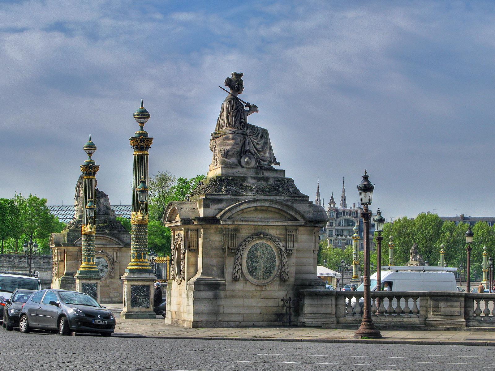 Фрагмент площади