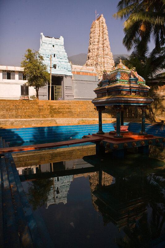 Индуизкий храм.