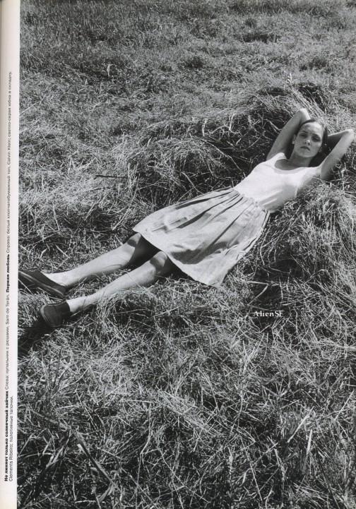 эротика фотомодель фотографы модели мода fashion story fashion  Из архива: Последнее лето детства, журнал Vogue Россия, июнь 1999