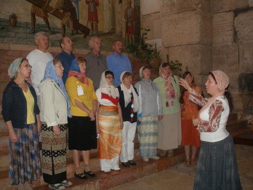В церкви Александра Невского