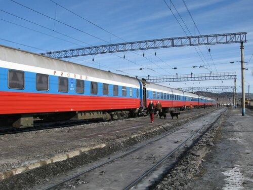стоянка поезда  «РОССИЯ» на станции Амазар