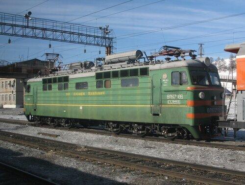 электровоз ВЛ60 на станции Амазар